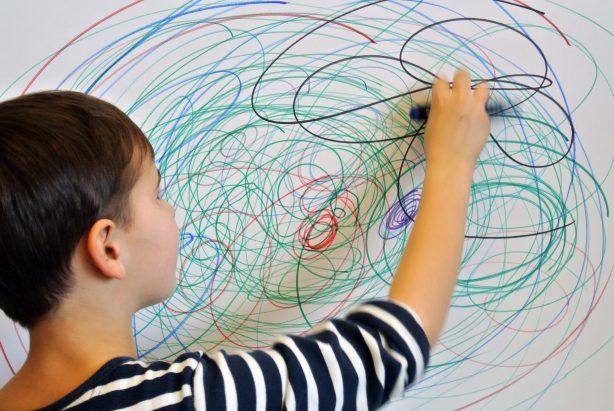 Wir malen die Wand an_(c) LENTOS Kunstvermittlung