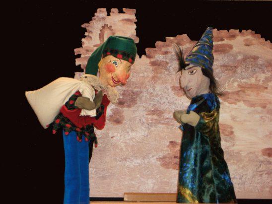 Zauberkuchen-Kuchenzauber (c) Puppenbühne Zappelfetzn